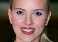 -Scarlett_Johansson.jpg/wilkipedia