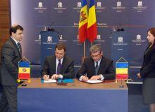 Semnarea Tratatului de forntiera cu Republica Moldova (mae.ro).jpg