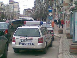 Politistii au instituit filtre rutiere in localitate, pentru prinderea atacatorilor