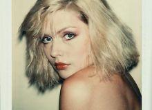 Deebie Harry fotografiata de Andy Warhol/danzigerprojects.com