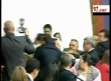 Bataie in Parlament/captura video.JPG