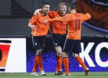 van Persie si Kuyt au marcat impotriva Ungariei/news.yahoo.com