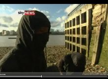 Confesiunile adolescentilor care au participat la jafurile de la Londra/captura video.JPG