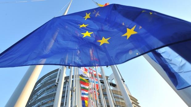 Comisia Europeană consideră `contraproductivă` reintroducerea vizelor pentru cetățenii americani