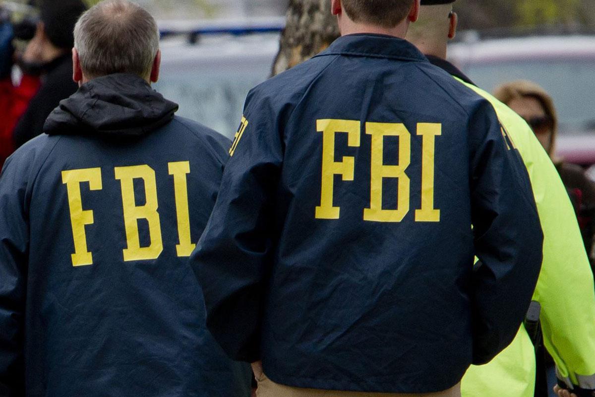 SUA: Anchetă FBI după decesul unei femei lovite de o mașină intrată în viteză în mulțime