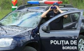 Scene de FILM de acțiune la frontieră: Refugiați, ÎMPUȘCAȚI de polițiști
