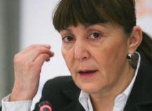 monica-macovei-criticata-pentru-discursul-din-parlamentul-european-nu-e-ca-in-filme-432807.jpg