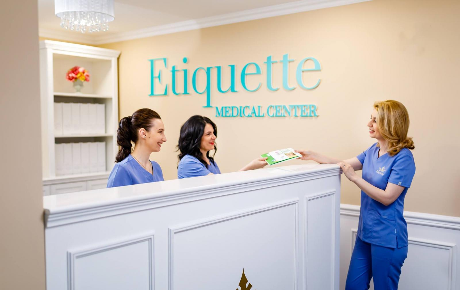etiquette-medical-center-o-clinica-de-top-inaugurata-miercuri-la-t