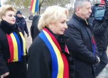 Viorica-Dancila-si-ministrii-sai-au-fost-huiduiti-la-Alba-Iulia--Video-.jpg