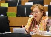 750428-1535967910-europarlamentarul-alde-renate-weber-ii-cere-demisia-lui-darius-valcov.jpg
