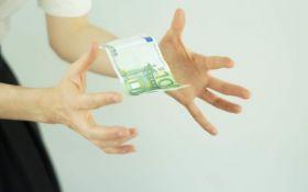 coruptie-mita-spaga-bani-euro-e1549873642876-640x400.jpg