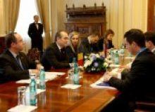 intrevederea primului-ministru Emil Boc cu Bozidar Djelic Foto: gov.ro_.jpg