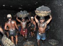 Minerii au ramas blocati de vineri in subteran/Mediafax