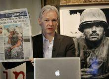 Julian Assange la Frontline Club
