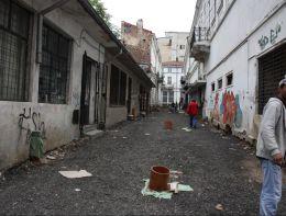 Cladirile lasate in paraginate ar putea fi confiscate de primarie