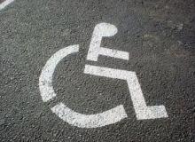 Statul acorda anumite facilitati firmelor care angajeaza persoane cu handicap/sxc.hu.