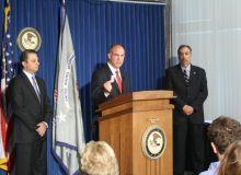Conferinta de presa in cadrul careia oficialii americani au facut anuntul referitor la arestari (justice.gov).jpg