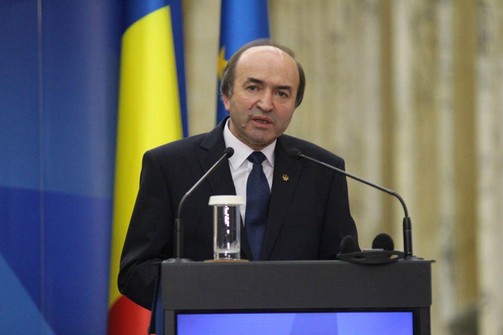 Tudorel Toader, anunț de ULTIMĂ ORĂ după ce a desecretizat documente din Arhiva SIPA