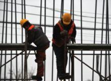 Muncitori-MIJL-Agerpres.jpg
