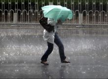 furtuna-ploaie-umbrela.jpg