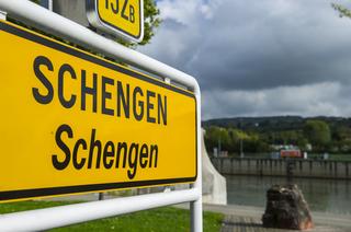 România şi Bulgaria au primit acces la Sistemul Schengen de Informaţii privind Vizele