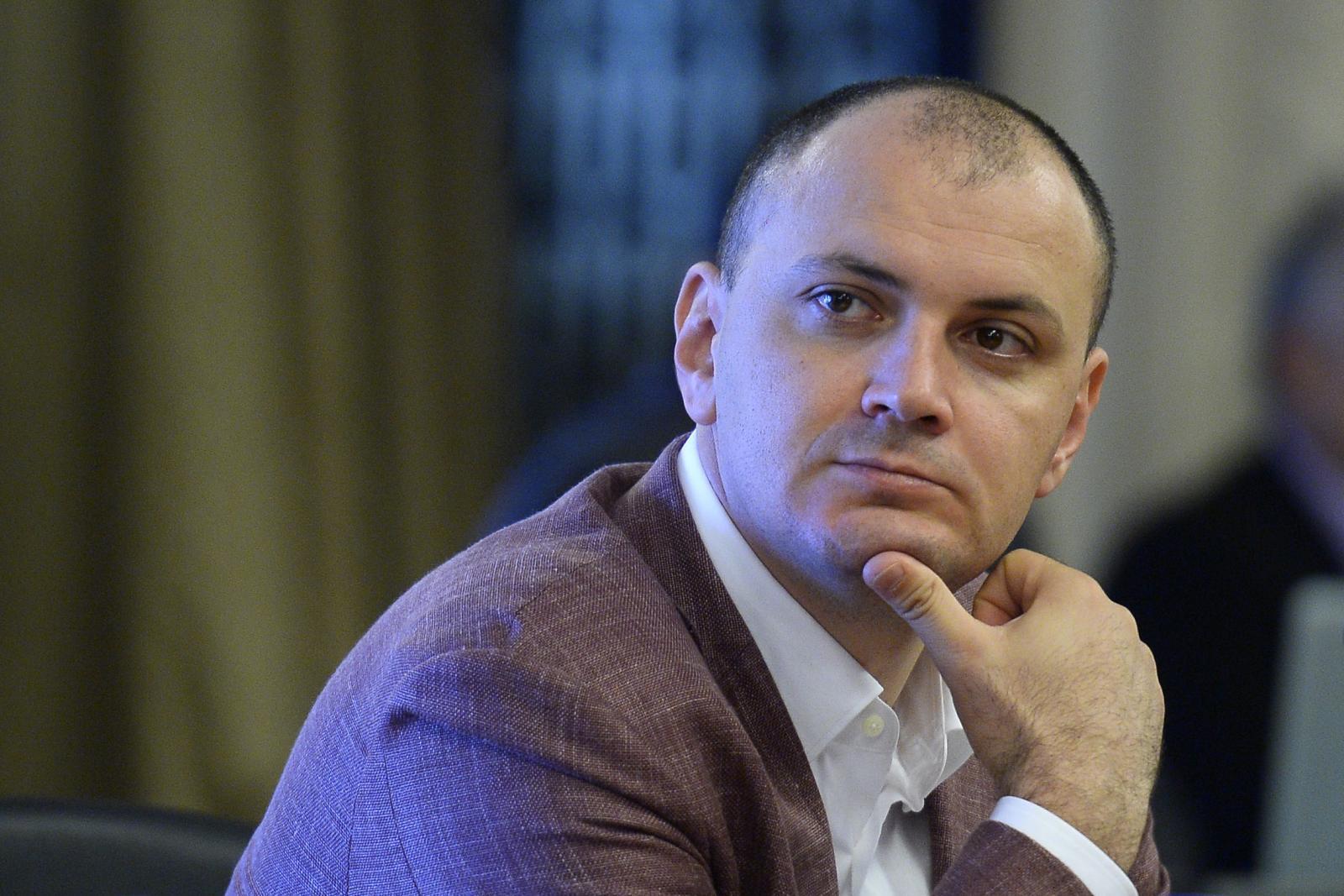 Sebastian Ghiță: Cetăţeanul Serghei Petruş nu există. E un fals!