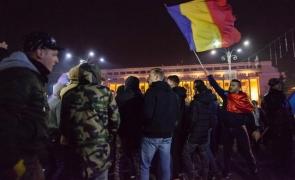Revoluția fiscală scoate oamenii în stradă: PROTESTE de amploare în București și în țară