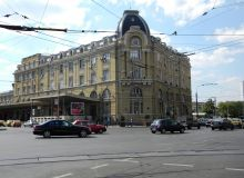 Bucuresti,_Romania,_Gara_de_Nord;_B-II-m-B-18803_(2).JPG