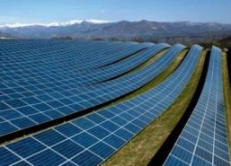 TOP-10-tari-care-se-bazeaza-pe-energia-solara-640x300.jpg