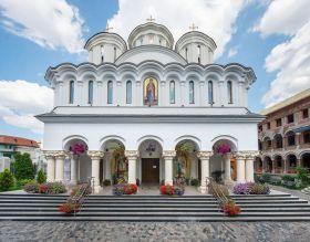 lucrare-misionara-la-biserica-serban-voda-6192.jpg