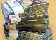 lei-100-bancnote-tea-57475c.jpg