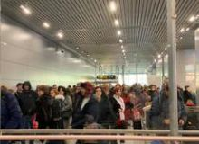 image-2020-02-23-23679295-46-pasageri-otopeni.jpg
