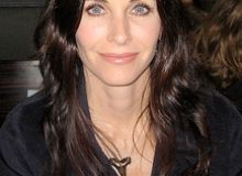 courtney cox.JPG/wilkipedia