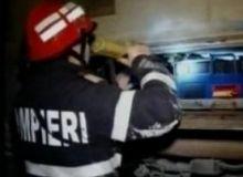Incediul ar fi izbucnite de la niste frunze prinse intre sabotii de la rotile trenului/captura video