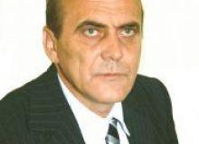 Primarul Georgescu ii indeamna pe politisti sa astepte macar trecerea Zilei Nationale/primariamioveni.ro