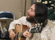 John Lennon/ wikipedia