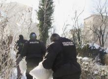 Jurnalistul Mircea Popovici a fost amenintat cu pistolul de politistii de la frontiera/romanialibera.ro