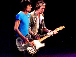 Ronnie Wood si Keith Richards