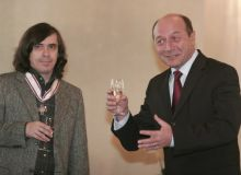 Mircea Cartarescu si Traian Basescu/inpolitics.ro.jpg