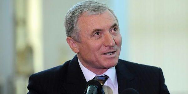 Procurorul General cauta motive sa nu trimita dosarul `Sufrageria lui Oprea` la Parlament