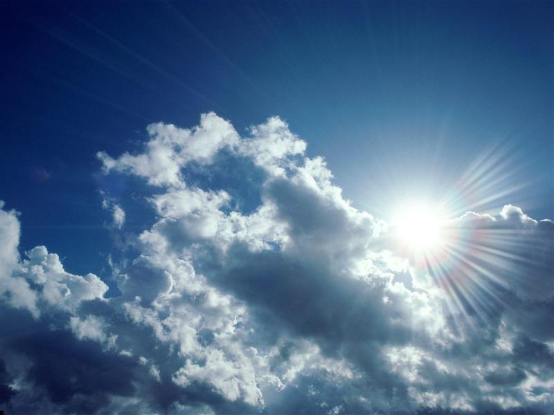 Canicula persistă duminică în sud și est. În vestul țării vin ploi și vijelii