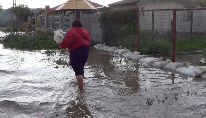 COD GALBEN de inundaţii. Ce judeţe sunt vizate