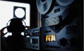 ACUZAŢII BOMBĂ: DNA poate urmări de azi TOATE telefoanele şi calculatoarele