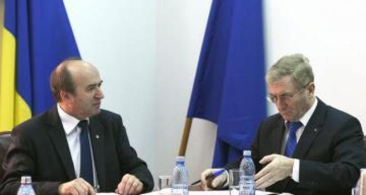 Tudorel Toader, replică usturătoare pentru Augustin Lazăr în scandalul deținuților eliberați