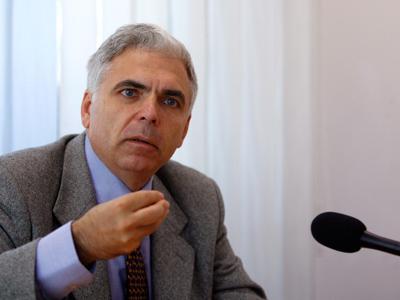 Adrian Severin: Regele Mihai I trăiește. Trăiește în si prin istoria României