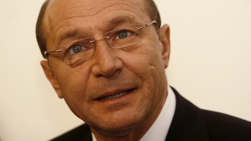PARFUM Traian Băsescu. Cadou misterios găsit în vila lui Anghelescu, afaceristul care s-a spânzurat