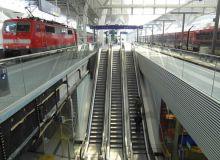 austria-salzburg-hauptbahnhof-station-c-ingolf-flickr-no-commerc.jpg