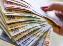 umilinta-maxima-angajatii-nevoiti-sa-vina-cu-bani-de-acasa-pentru-plata-contributiilor-270320.jpg