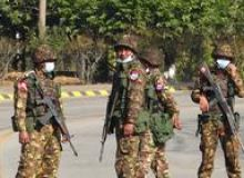 image-2021-02-1-24577070-46-soldati-din-myanmar-timpul-loviturii-stat.jpg