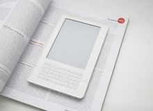 ebook reader iriver.JPG